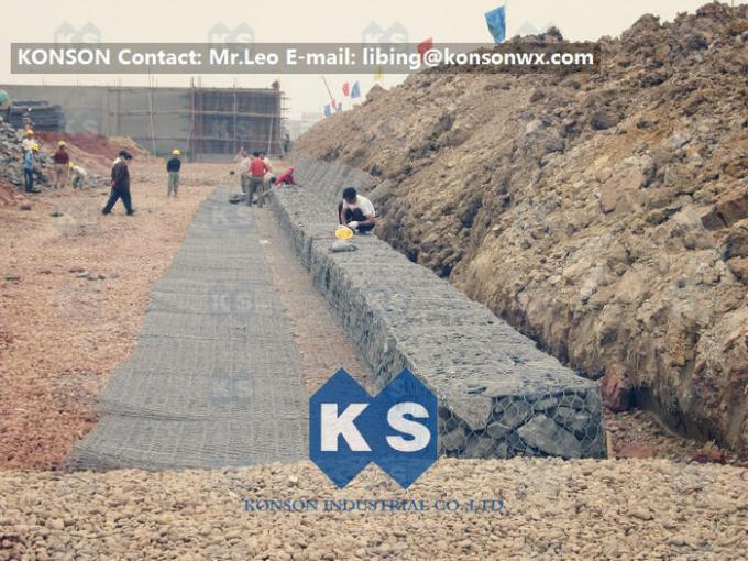 Flood Protection Gabion Basket Construction With Heavily Zinc Galvanised Wire 60 x 80MM