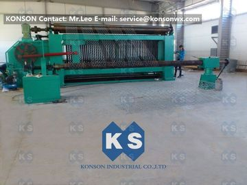 चीन Large Hexagonal Wire Netting Machine 4300mm Width For Making Cylinders Gabions आपूर्तिकर्ता