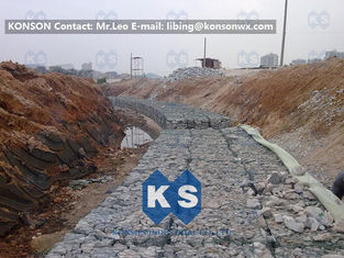 चीन Polyethylene Coated Wire PVC Gabions / Gabion Mesh PE Coated Hexagonal Gabion Wires आपूर्तिकर्ता